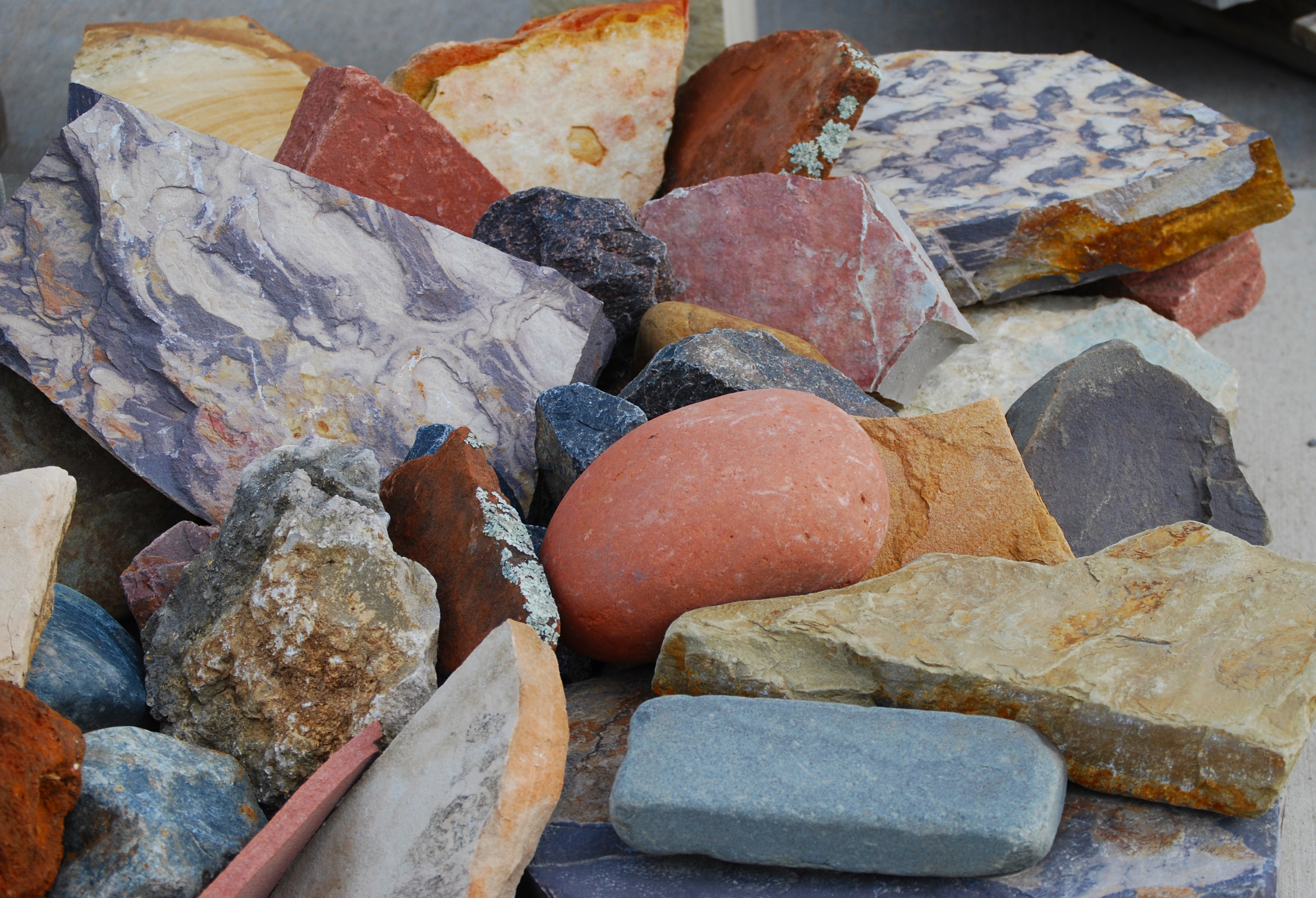 Landscaping Rocks Names : Decorative rocks with names boulders and landscape